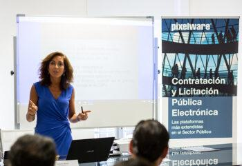 María José Santiago Fernández en la Jornada Técnica sobre la nueva Ley Contratos Sector Público