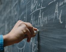 Comparación de fórmulas de valoración económica en licitaciones públicas