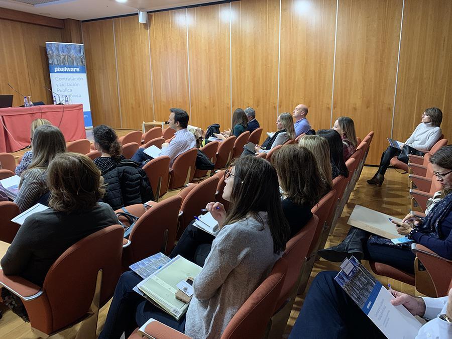 Público del evento de Contratación Pública Electrónica de Pixelware