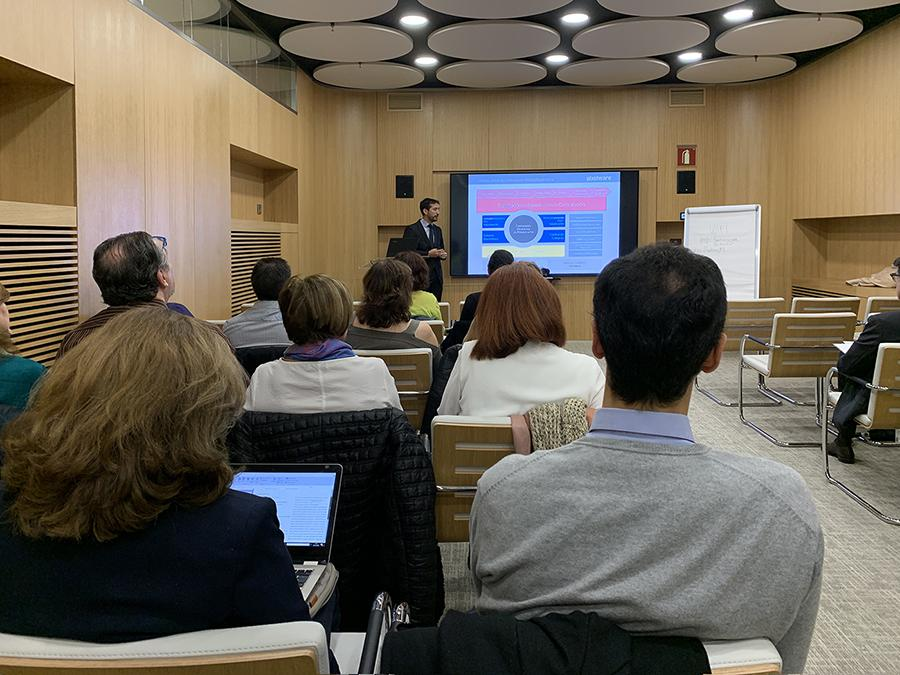 orge García Barderas expuso elmodelo global de Contratación Pública Electrónica de Pixelware
